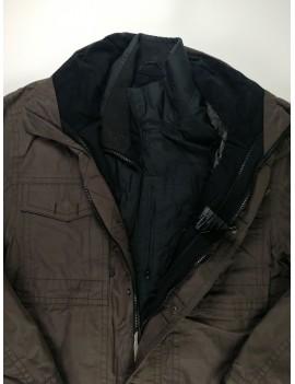 Barna kabát, 48